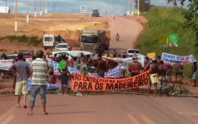 Munduruku bloqueiam rodovia no Pará por demarcação de terras e contra o desmonte da Funai