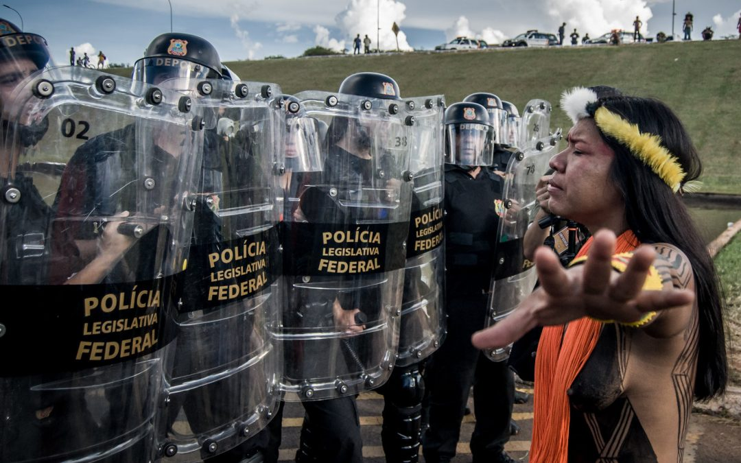 Bolsonaro's government treats armed attack to the Free Land Camp of indigenous peoples