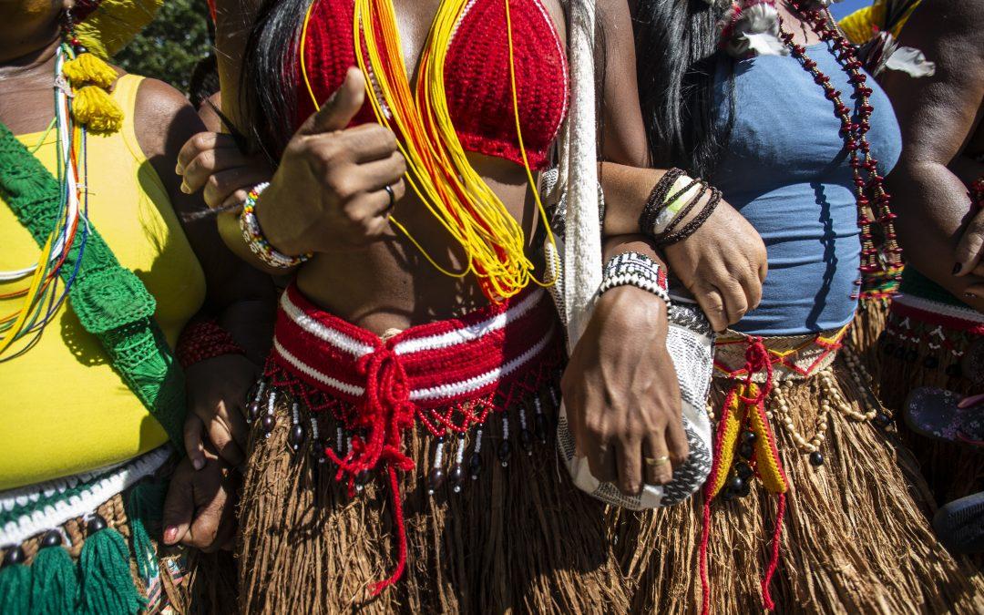Colabore com as caravanas para a Marcha das Mulheres Indígenas