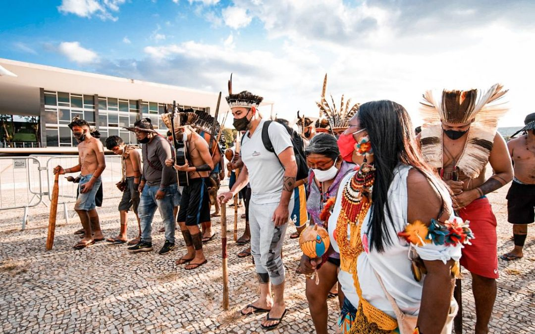 Povos indígenas realizam marcha até o STF nesta segunda-feira (14)