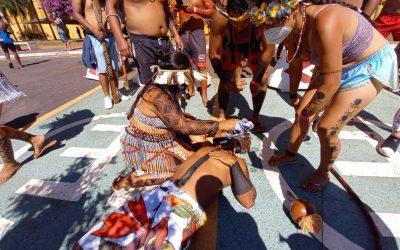 Repressão à manifestação indígena em Brasília deixa três feridos e dez pessoas intoxicadas com gás