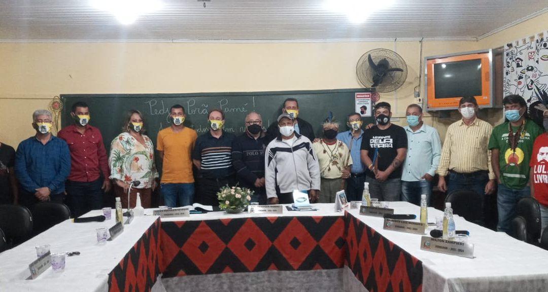 Primeira sessão ordinária da câmara municipal de Santa Amélia numa comunidade indígenado Paraná